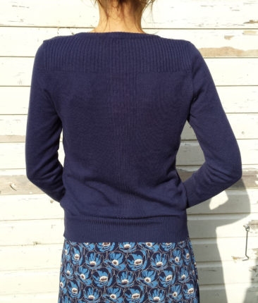 WHO´S-THAT-GIRL-vestje-ELISA-navy-ZILCH-jurk-monet-navy-model-ik