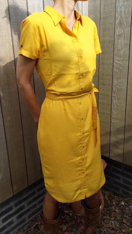 4funkyflavours-jurk-Wonderwhy-model-ik