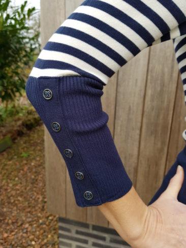LE-PEP-jurk-Adelle-navy-stripe-detail-mouw