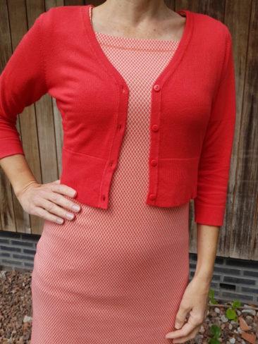 LE-PEP-jurk-Ava-coral-ZILCH-kort-bamboe-vestje-rood