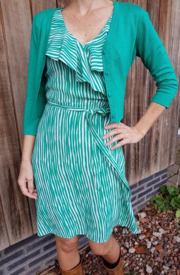 ZILCH-jurk-Waves-emerald-kort-bamboe-vestje-groen