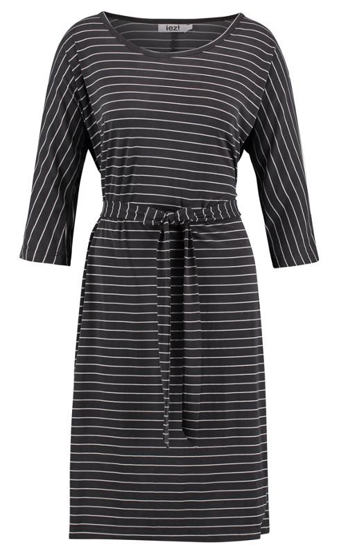 9860a557d10576 IEZ-jurk-Streep-grijs-wit-streep-voorkant