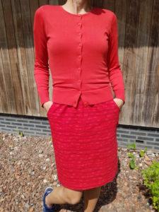 TRANQUILLO-jurk-Loretta-waves-ZILCH-bamboe-vestje-ronde-hals-rood