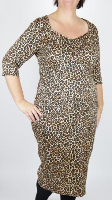 Vintage-Sale-Lady-Voloptuous-jurk-Medusa-3XL