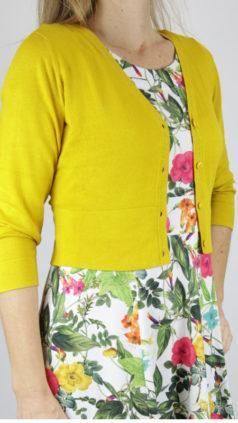 ZILCH-kort-bamboe-vestje-honey-Cissi-och-Selma-jurk-Hilda-summer-flowers