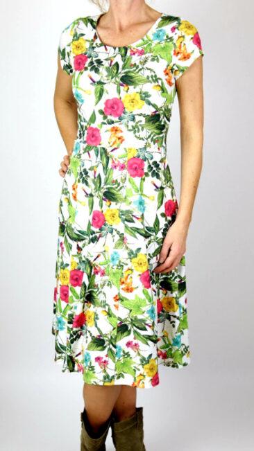 cissi-och-selma-jurk-hilda-summer-flowers