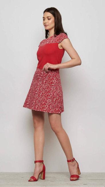 TRANQUILLO-rok-Camilla-rood-shirt-Kanzi-combi