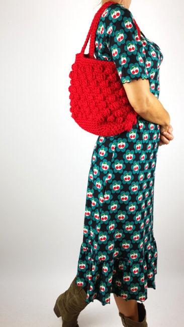 iez-handtas-gebreid-gehaakt-rood-tante-betsy-jurk-hippie-cherries