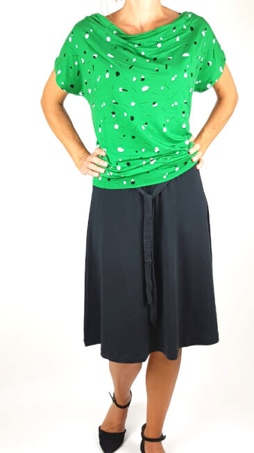 froy-&-dind-rok-manon-zwart-shirt-mimi-sprinkles