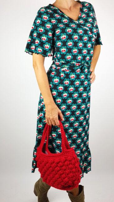 iez-handtas-gebreid-gehaakt-rood-tante-betsy-jurk-hippie-cherries (2)