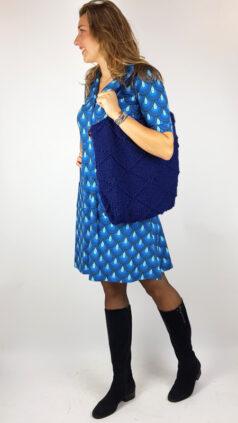 iez-tas-gebreid-gehaakt-blauw-cissi-och-selma-jurk-monica-pafagel