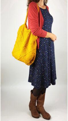 iez-tas-gebreid-gehaakt-geel-seasalt-jurk-april-polka-waterline-zilch-bamboe-vestje-blossom