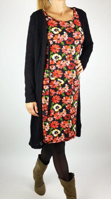 tante-betsy-lang-vest-lolly-zwart-cissi-och-selma-jurk-ester-essa