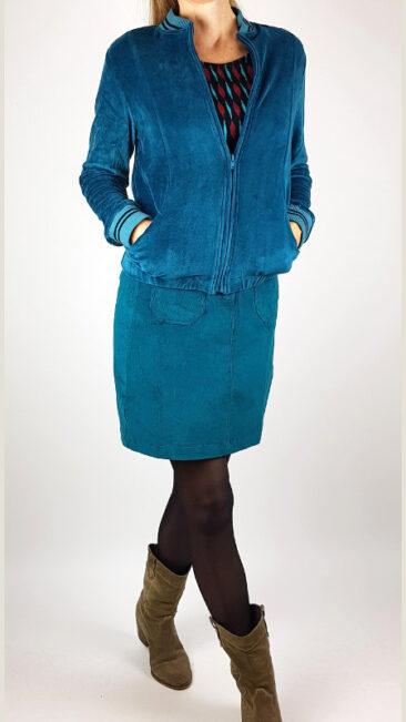 tranquillo-jacket-svea-petrol-rok-ylvi-pine-chapati-shirt-burgundy-geo (2)
