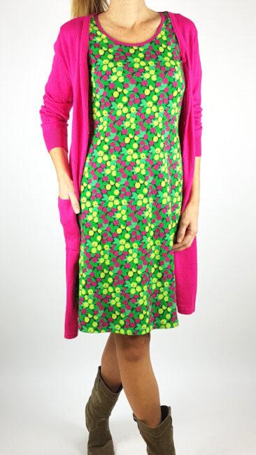 cissi-och-selma-jurk-krusbär-tante-betsy-lang-vest-ajour-roze