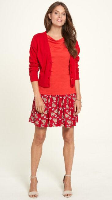tranquillo-shirt-lore-poppy-shorts-haji-blossom-vest-lamia-cherry