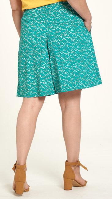 tranquillo-shorts-zwena-springtime