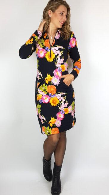 mooi-vrolijk-jurk-zipper-black-flowers